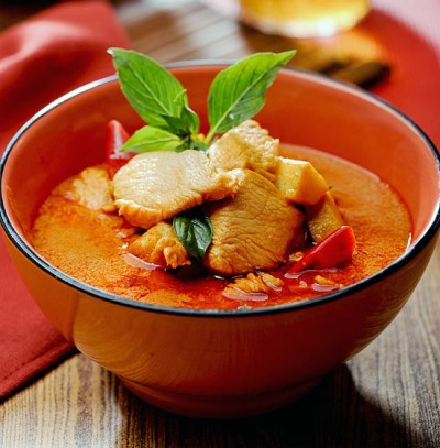 red-curry-chicken-550x560